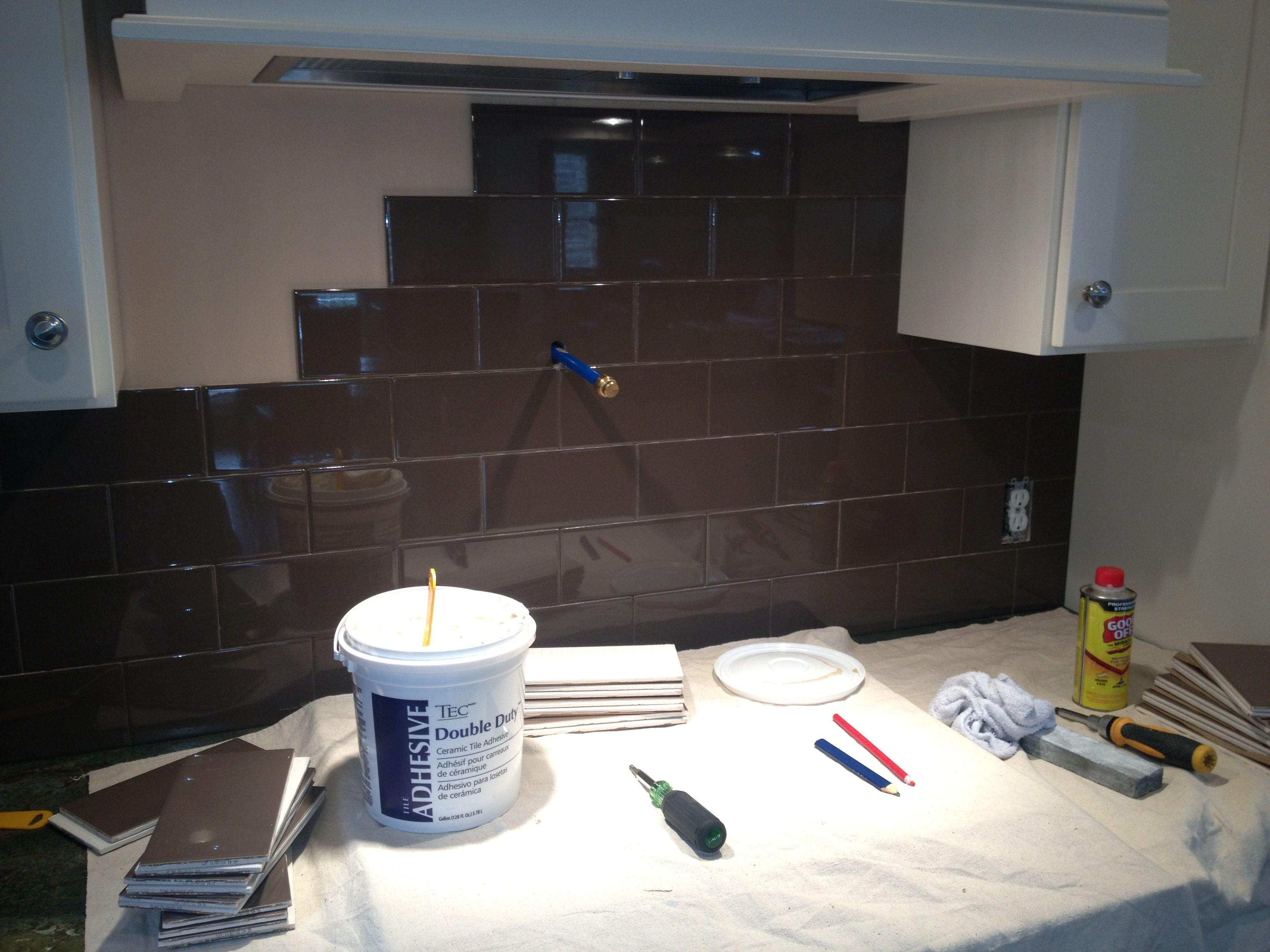 Trc Construction Installing Kitchen Backsplash Trc