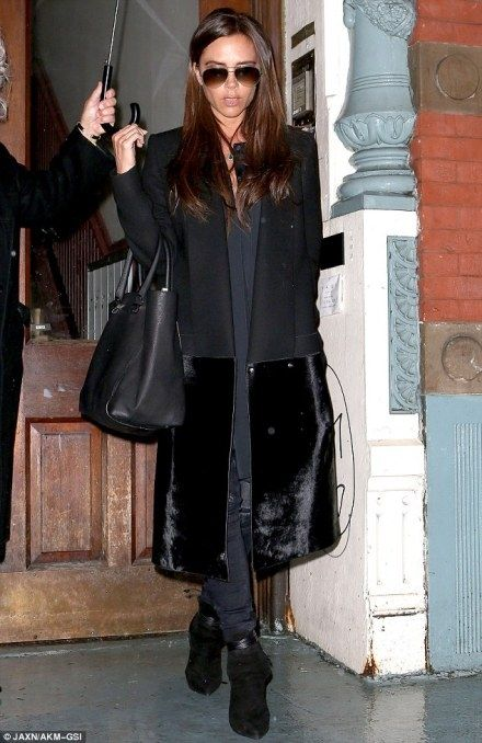 83b843e3f5592 Victoria Beckham wearing Saint Laurent Paris Earth Suede Laced Ankle Boot  In Black