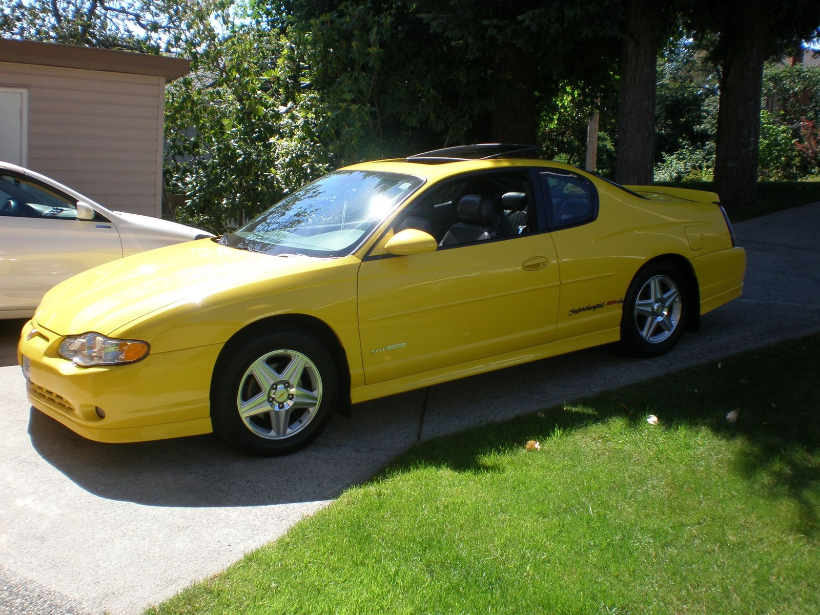 Monte carlo pictures car corvette yellow 2004 chevy monte carlo ss supercharged 240 hp 3 8