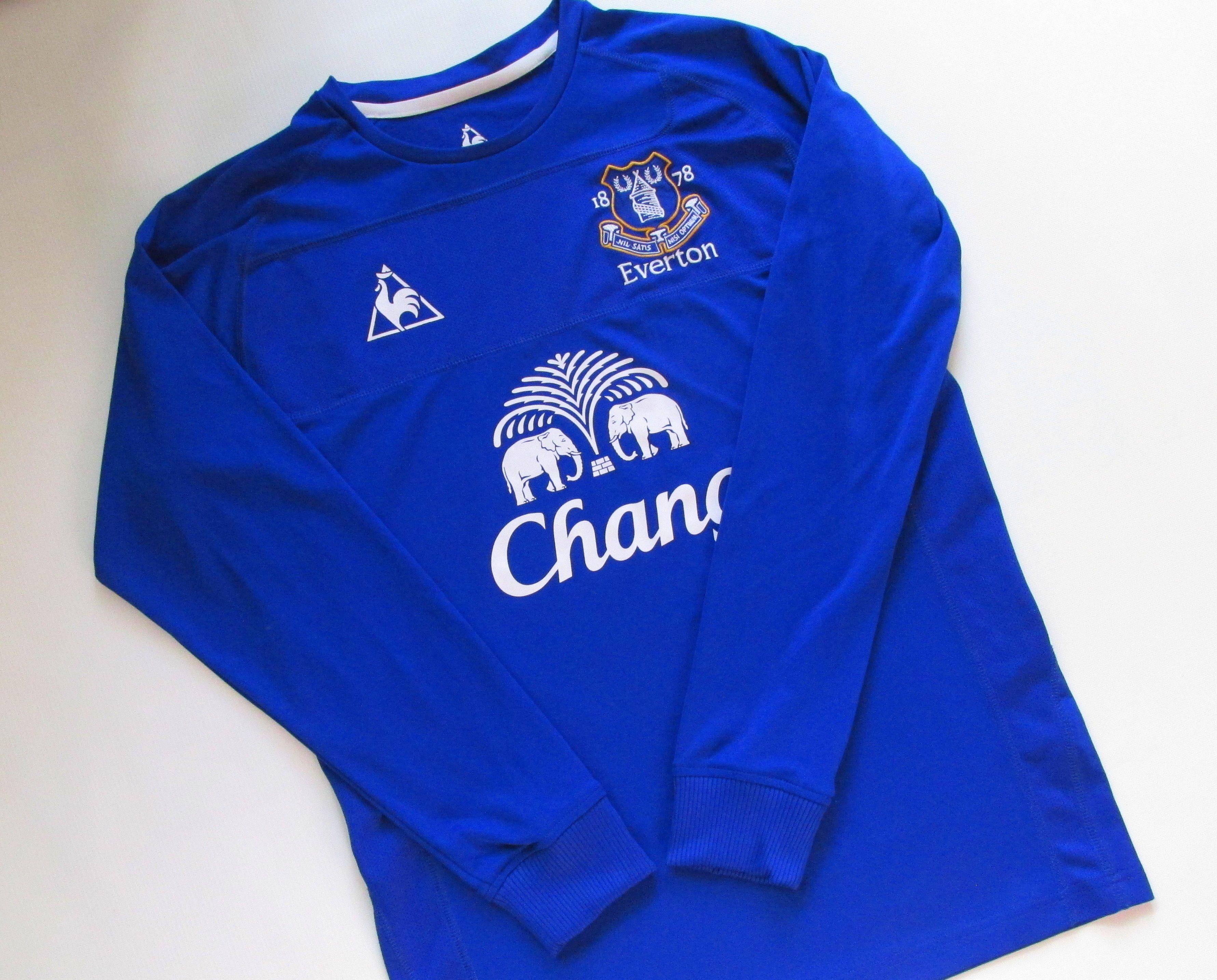 Everton 2010 2011 Home Long Sleeve Football Shirt Football Shirts Vintage Football Shirts Soccer Jersey [ 2870 x 3562 Pixel ]