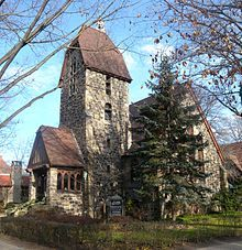 A Church In Forest Hills Gardens Queens Hill Garden Apartments For Rent