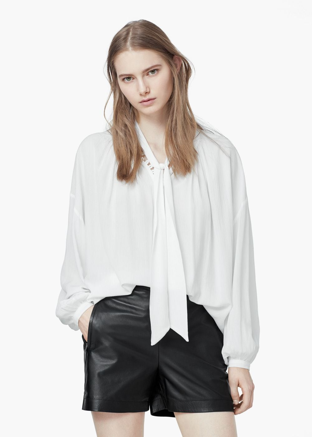 Tie-neck blouse - Woman in 2018   Fashion things - CITY Shopping ... 9eb18b1f7564