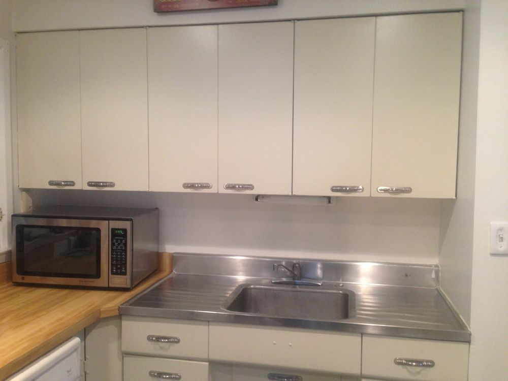 MCM Interior   Vintage Retro Metal Kitchen Cabinets TRACY Mid Century  Upper/Lower And Counter #TRACY. I Want This!