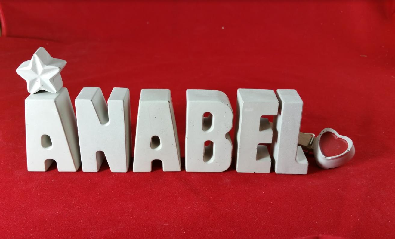 Steinguss Buchstaben 3D Deko Jungen Namen K als Geschenk verpackt! Beton