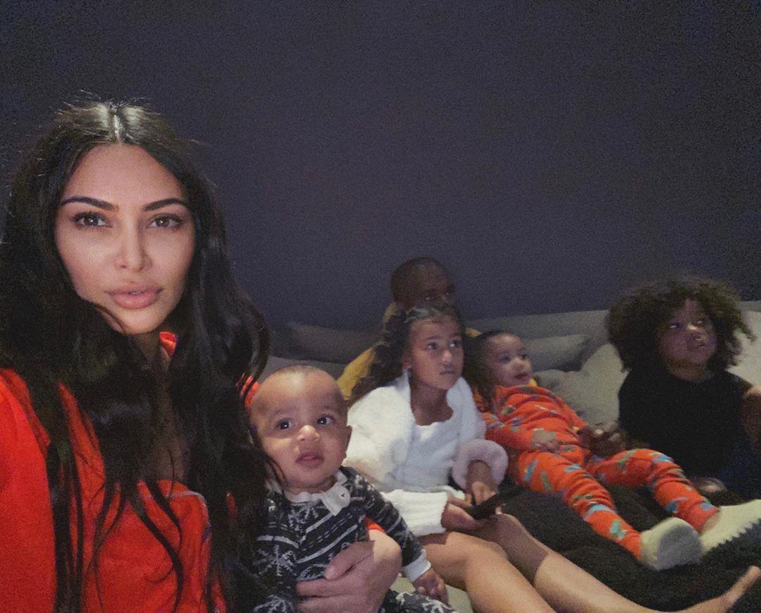 Kim Kardashian West On Instagram Kim In Yeezy Kimkardashian Kkw Kim Kardashian Outfit Sty Kim Kardashian Outfits Kardashian Outfit Yeezy Outfit