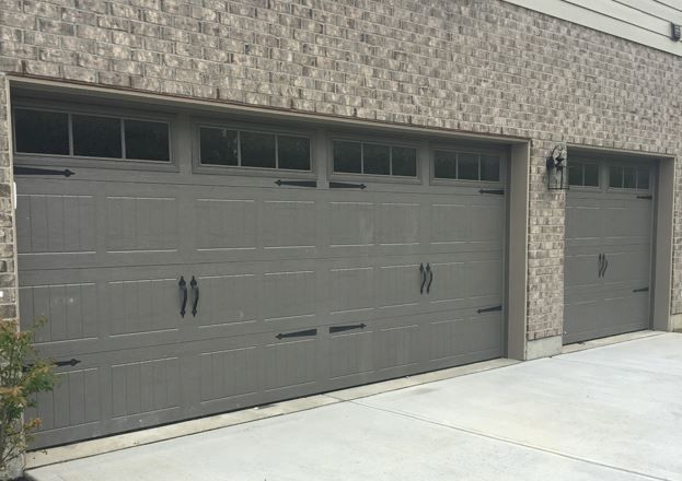 199 Carriage Garage Doors Terra Bronze Stockbridge 2 Windows Spear Hardware Garage Doors Carriage Garage Doors New Homes
