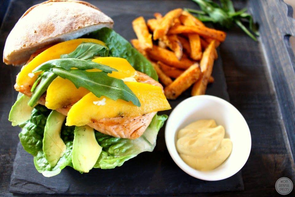 Wonderful Pieces: Let's cook together - Lachsburger mit Avocado und Mango, dazu Süßkartoffelpommes