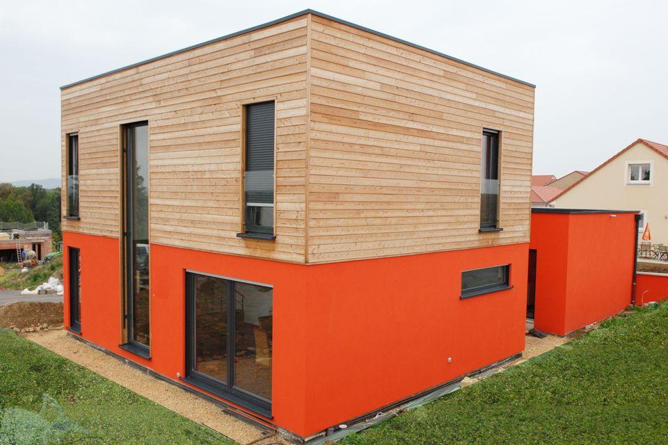 maison innov 39 habitat en bardage bois et cr pi orange architecture sur mesure pour des maisons. Black Bedroom Furniture Sets. Home Design Ideas