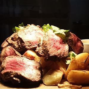 Roast beef vegetables and yorkshire pudding chef recipe by food roast beef vegetables and yorkshire pudding chef recipe forumfinder Choice Image