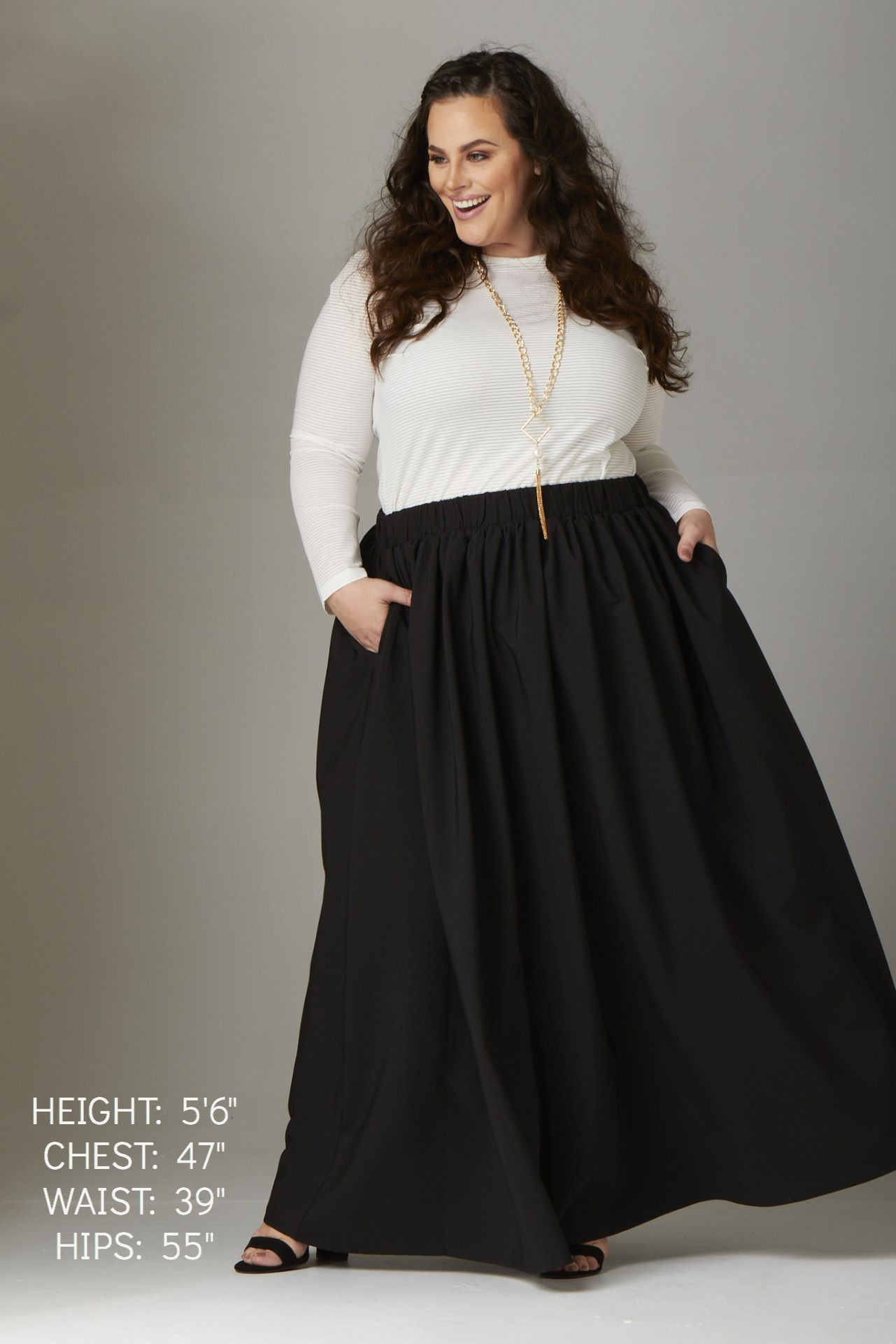 Twirl maxi skirt w pockets black black hold black and clothes