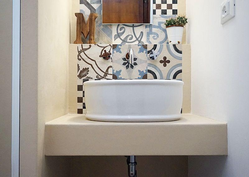 Progetto di un mini bagno tra resina e cementine a casa - Decor union 2000 ...