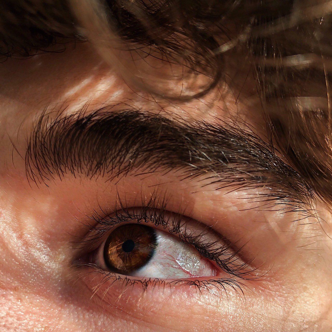 On Twitter Brown Eyes Aesthetic Brown Hair Brown Eyes Brown Hair Boy