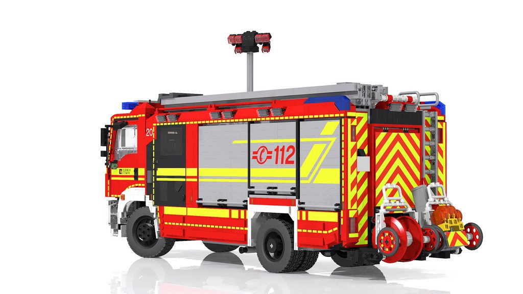 update man rosenbauer hlf 20 rescue pumper lego. Black Bedroom Furniture Sets. Home Design Ideas