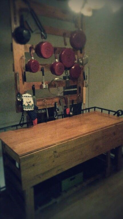 Pallet cabinet & counter top