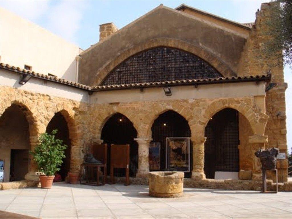 Pin di Food Tour Sicily su Luoghi da visitare Stili di