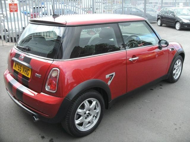 Used Mini 16 2005 Petrol One Seven 3dr Hatchback Red With For