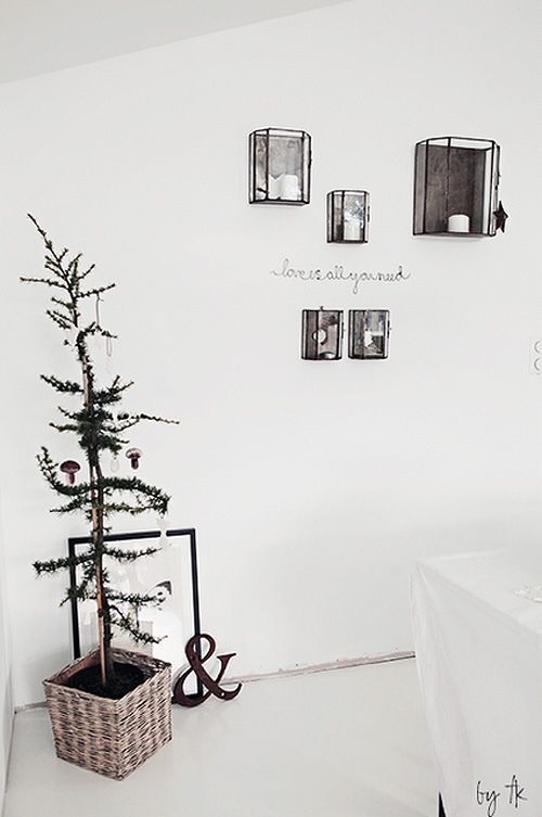 natural style christmas decoration   by the style files
