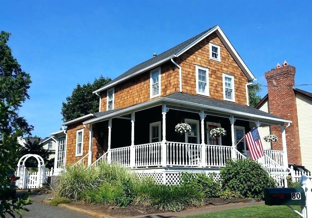 Cedar Shake Exterior Google Search House With Porch House Front Porch Cedar Homes