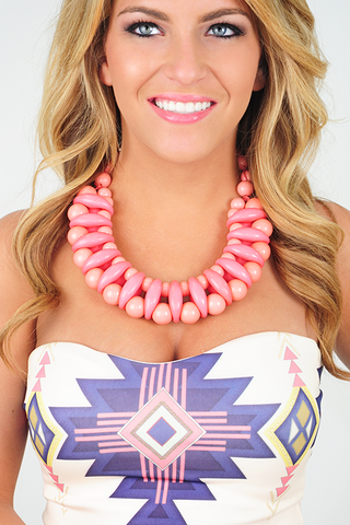 Melt My Heart Necklace: Pink --> use SUNSHINESTILETTOS for 10% off plus free shipping!