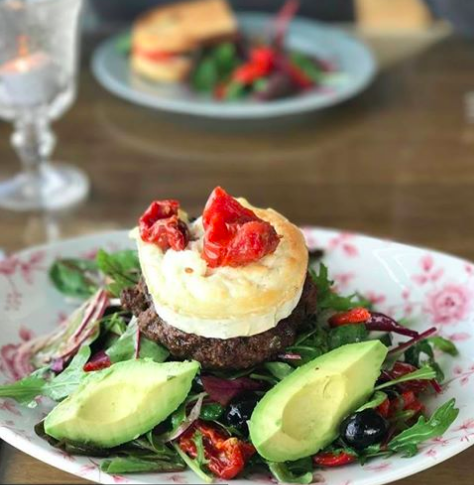 'Burger in a Bowl' looks so delicious & it's FoodFlicker approved 😆😆  #brunch #healthy #paleo #cleaneating #fitness #gourmet