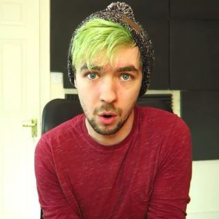 jacksepticeye beanie green hair - Google Search  5cf59c610c1