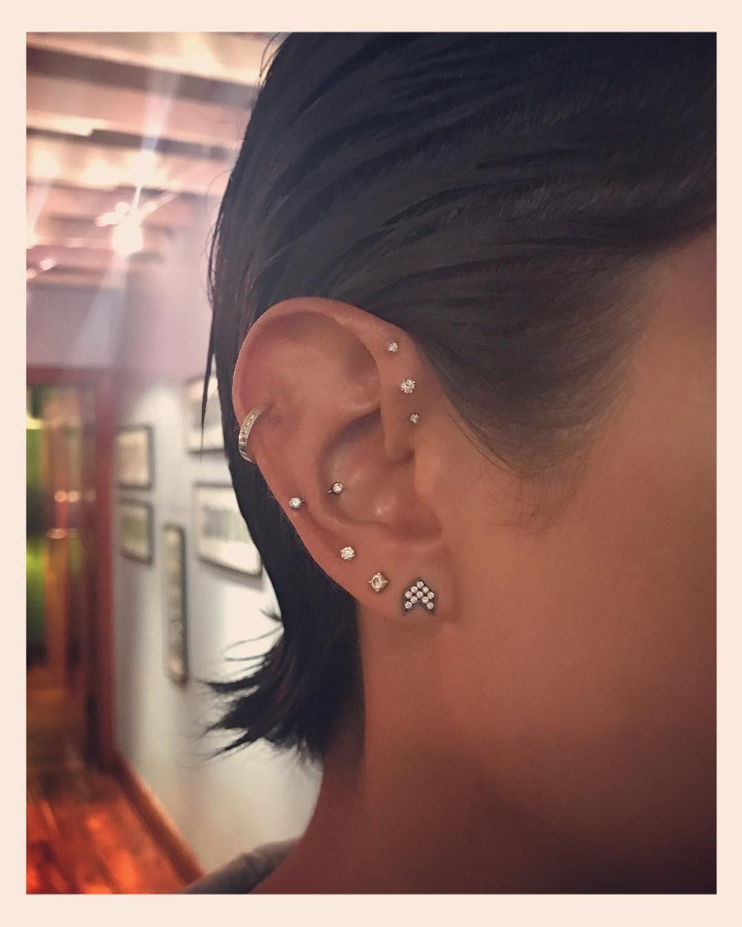 Belly piercing 2018  New Piercing Ideas  Ear Body Piercing Trend Photos  earrings