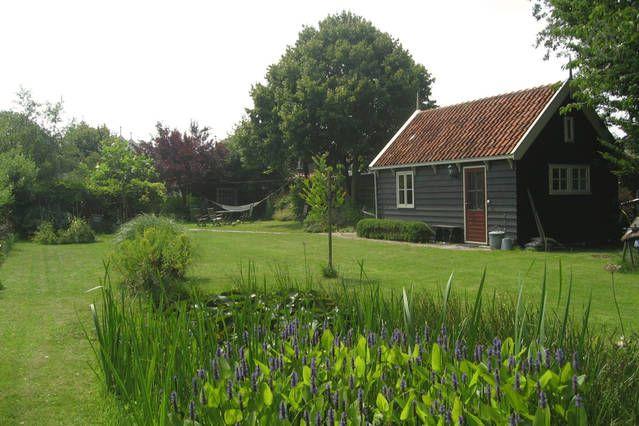 Airbnb Ilpendam Gartenhaus Mit Bildern Haus Mieten Haus Holzhaus