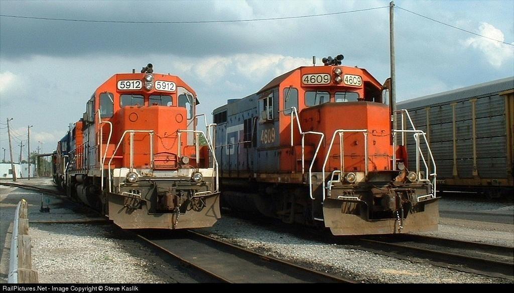 RailPictures.Net Photo: GTW 5912 Grand Trunk Western EMD SD40 at Pontiac, Michigan by Steve Kaslik