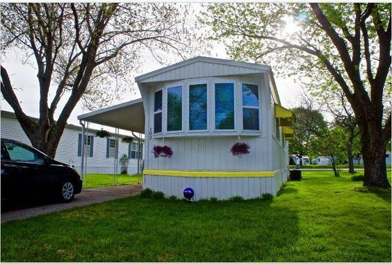 $500 Single Wide Goes Retro With Affordable Mobile Home Remodel