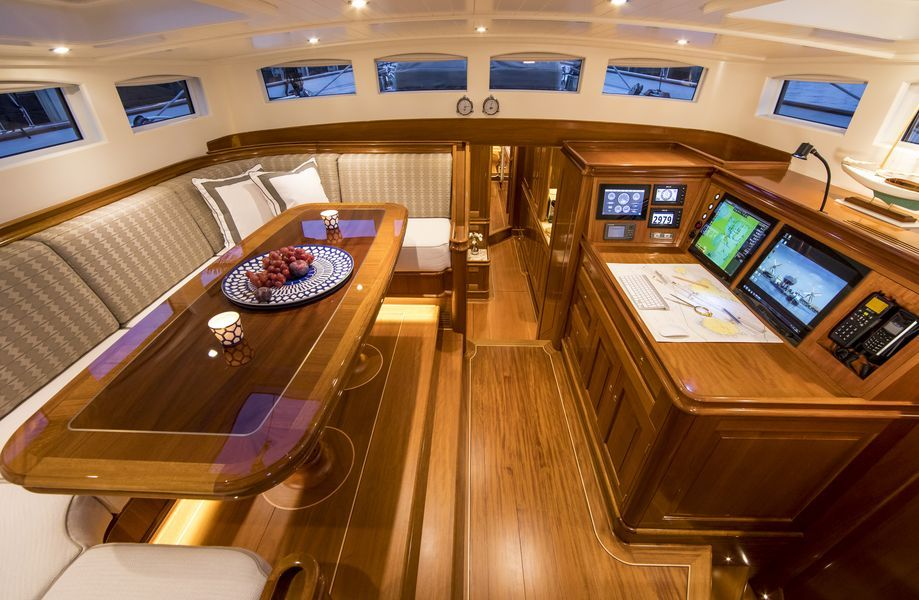 Truly Classic 90 ACADIA by Claasen Shipyards   Yacht