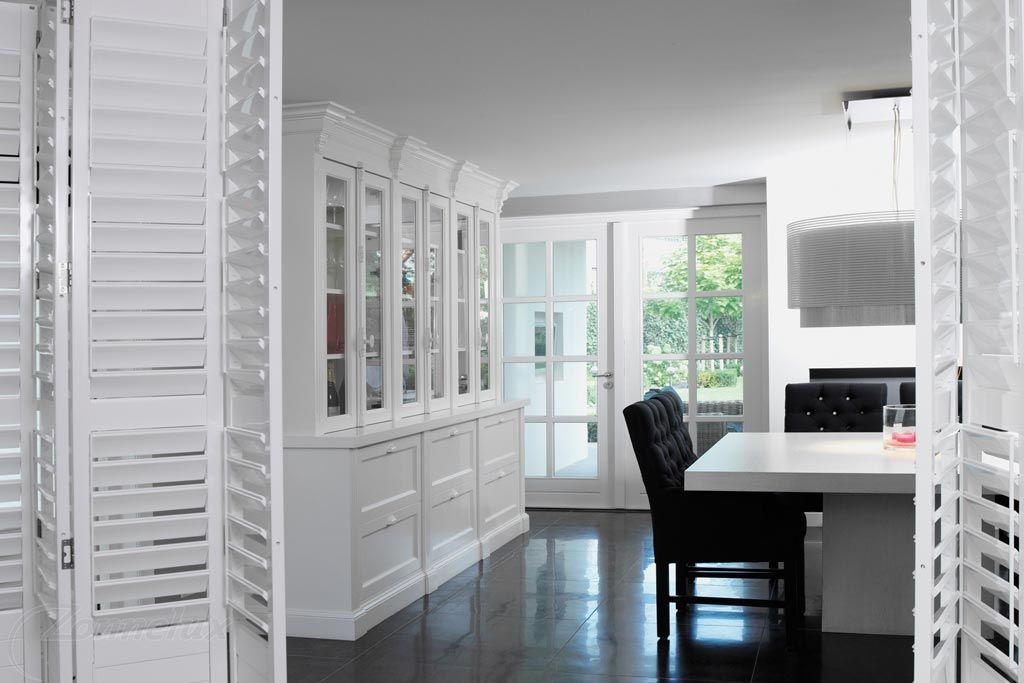 als alternatief voor gordijnen waarmee je tevens zonwering en decoratie bereikt zijn shutters een goede oplossing