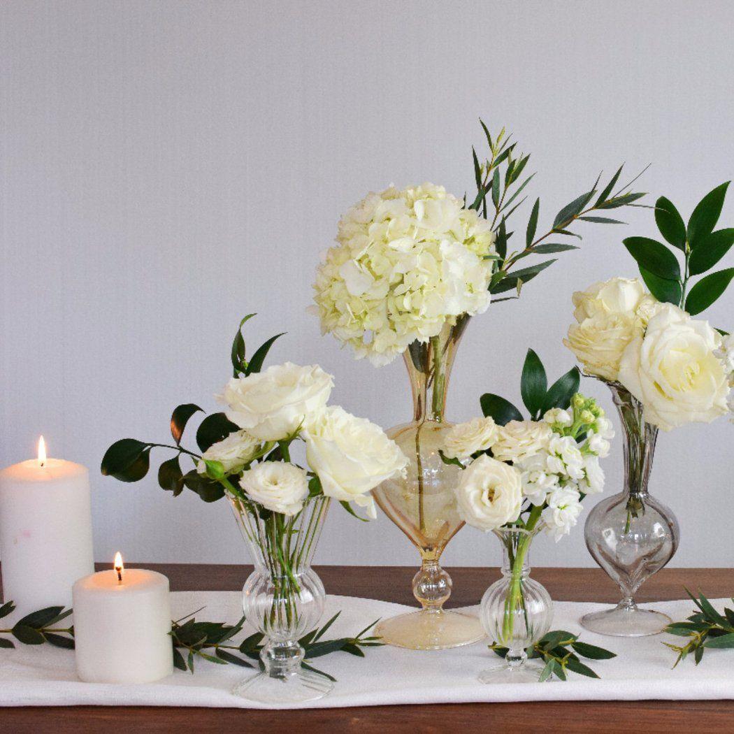 Image Result For Stock And Spray Rose Bud Vase Flower Vase Arrangements Bud Vases Arrangements Bud Vases Flowers