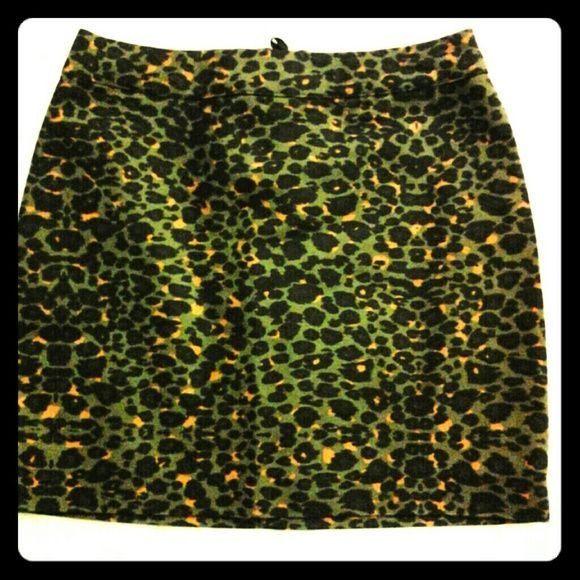 H&M Unique Animal Print Skirt In  like new condition. Smoke Free. H&M Skirts