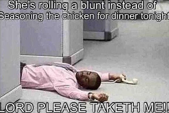 She's Rolling A Blunt... Lmaoo!