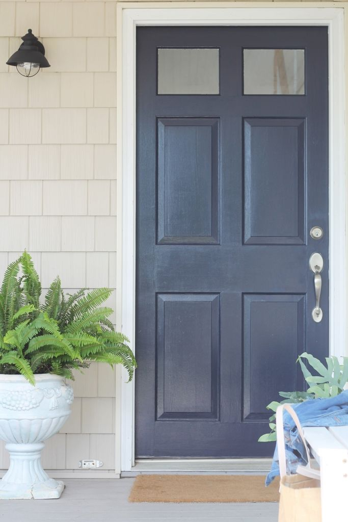 Front Door Makeover It S Amazing What Paint Can Do City Farmhouse Painted Front Doors Best Front Door Colors Exterior Door Colors