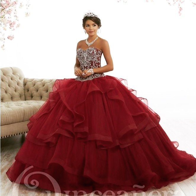 7725249c363 Dreaming of a rich burgundy quinceañera dress  🔥😍🔥 . . . . .   bidibidibombomstl  vestidolindo  misquince  quince  quinceañera   quincedress ...