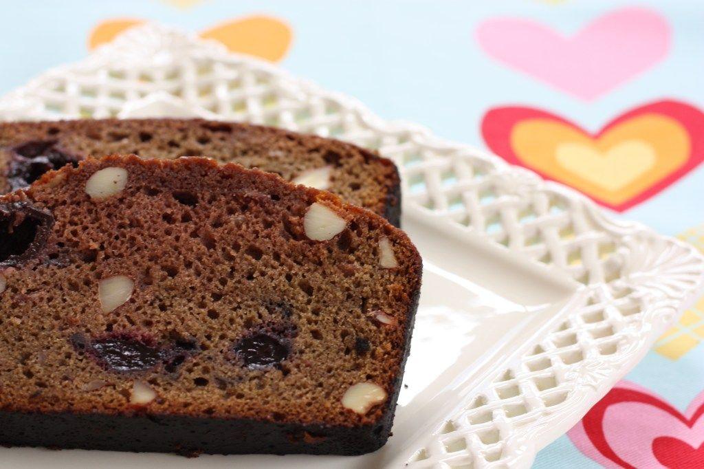 Chocolate Cherry Amish Friendship Bread ♥️ http://www.friendshipbreadkitchen.com
