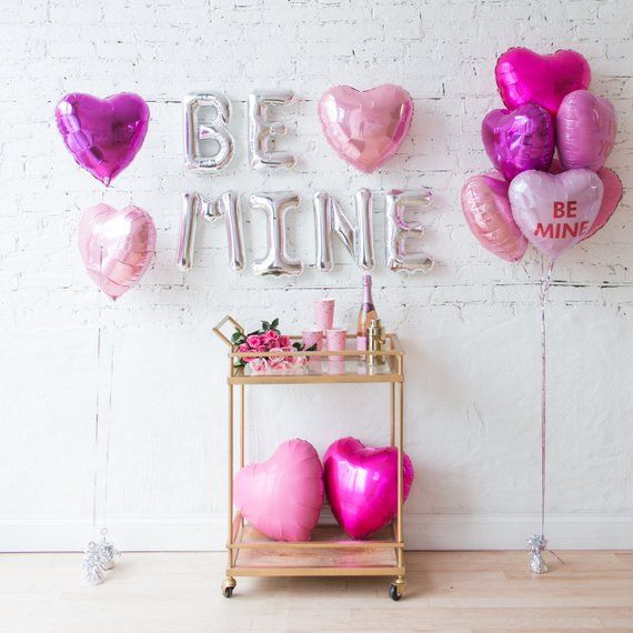 Be Mine Balloons / Valentines Day Balloon Decor / Pink Hearts Balloon Bouquet / Engagement Party Balloons / Wedding Balloons / Love Balloons