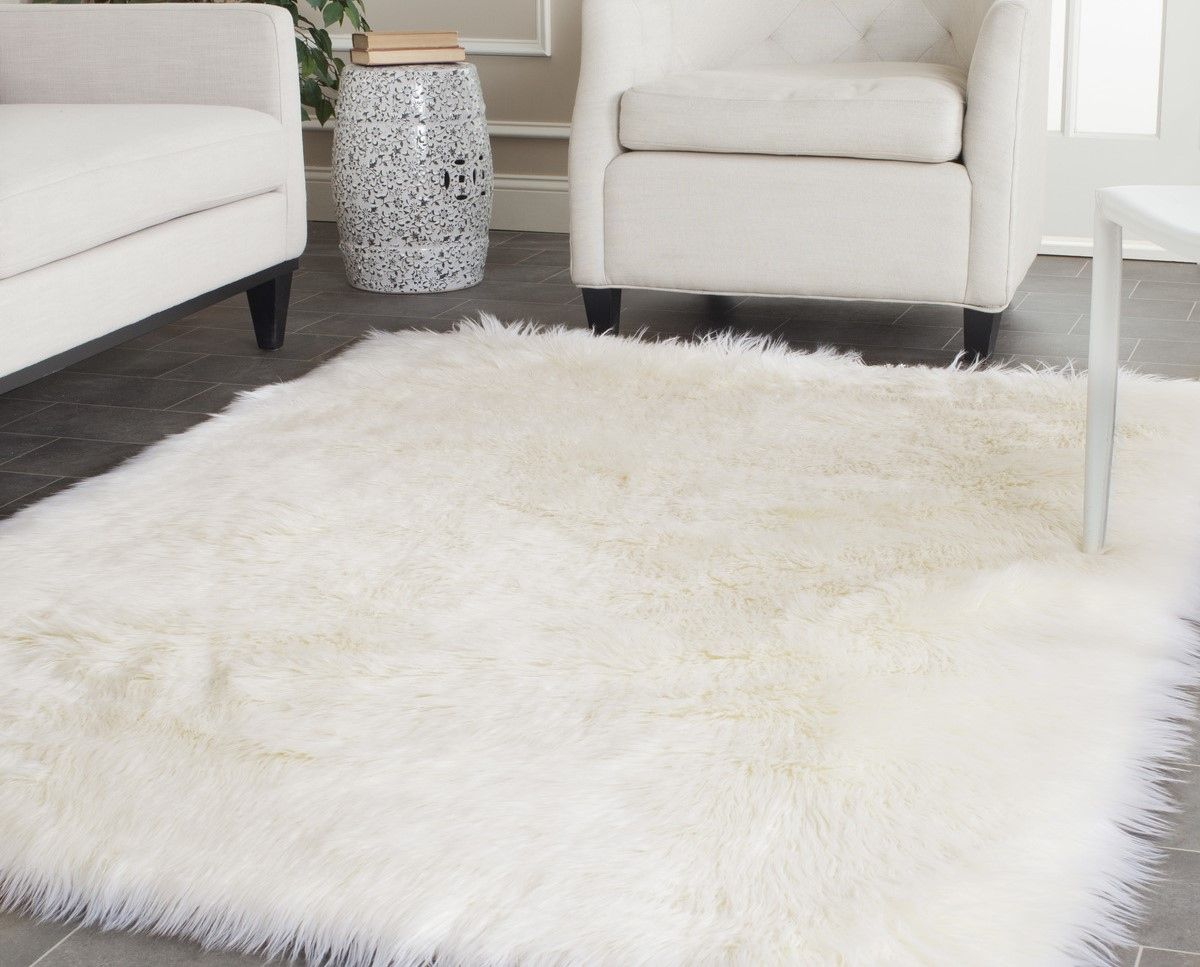 Everyone Wants A White Shag Rug But Not All Shag Rugs Are Created