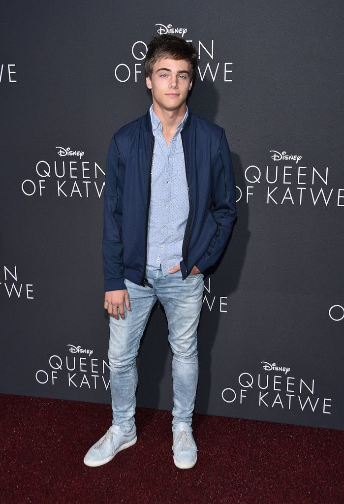 Kevin Quinn Photos Photos Premiere Of Disney S Queen Of Katwe