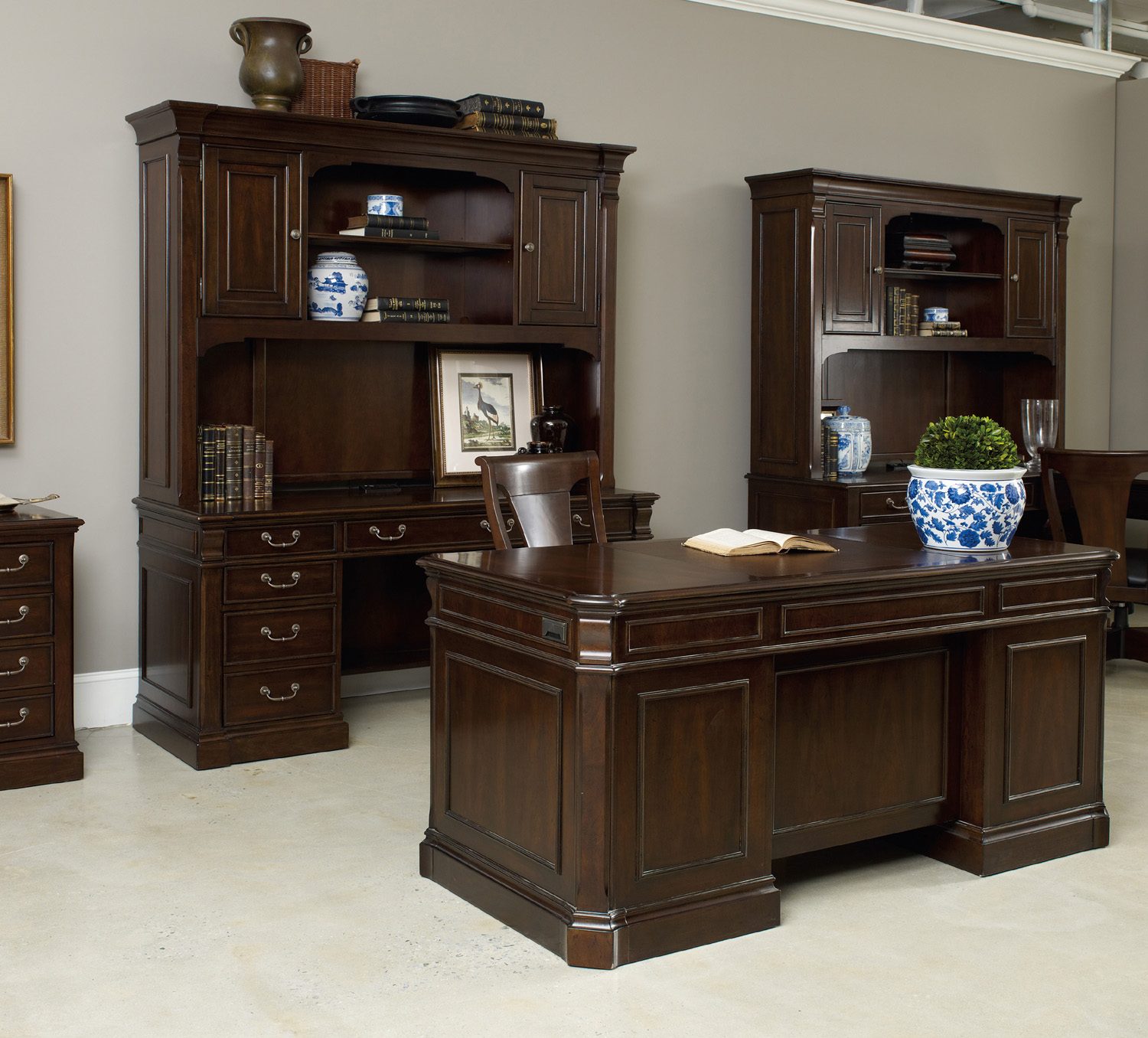 brookhaven master furniture hooker shaped cfm executive l product hayneedle desk