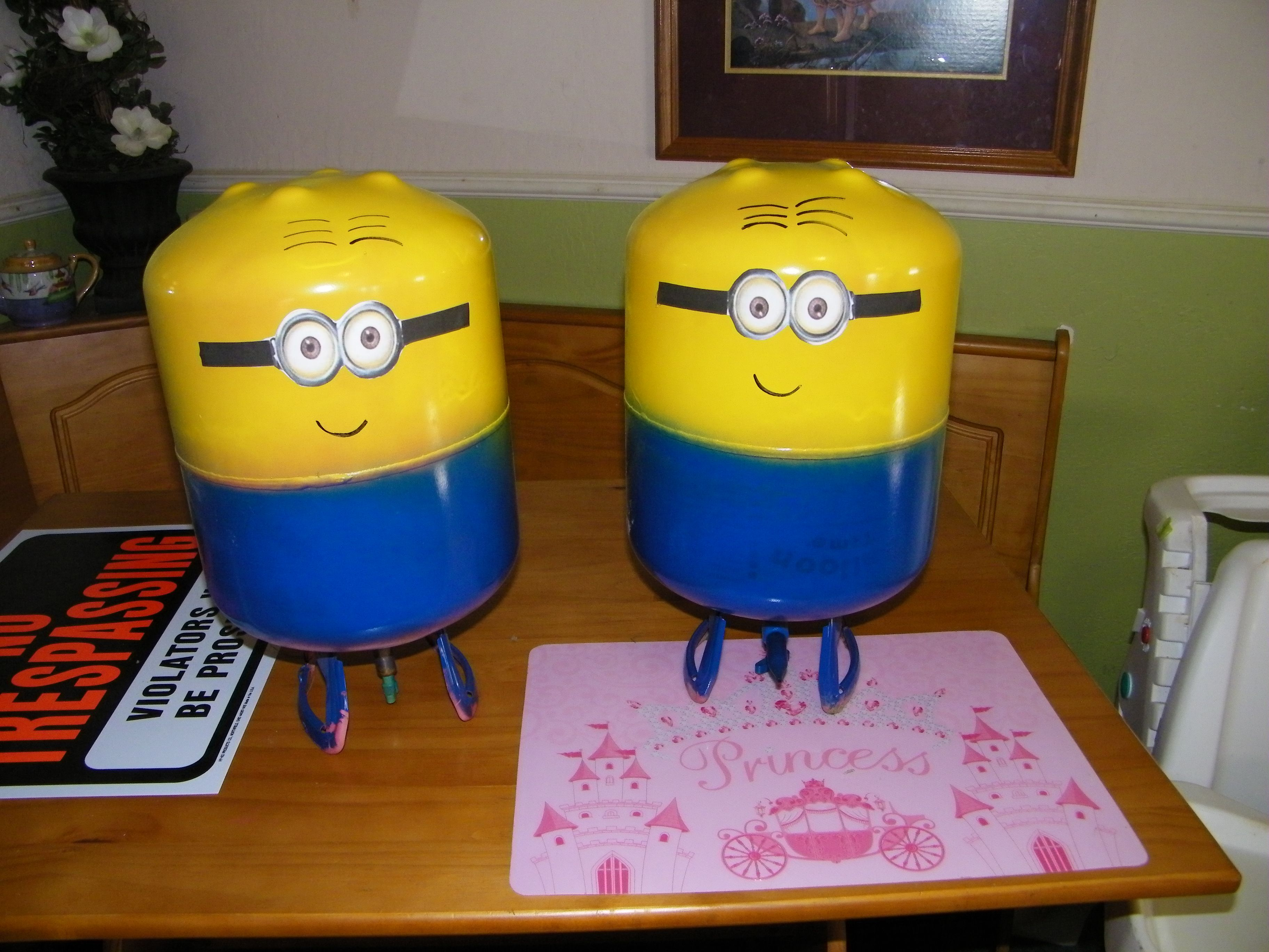 Recycled Helium tanks turned into Minions | Eva's 2nd