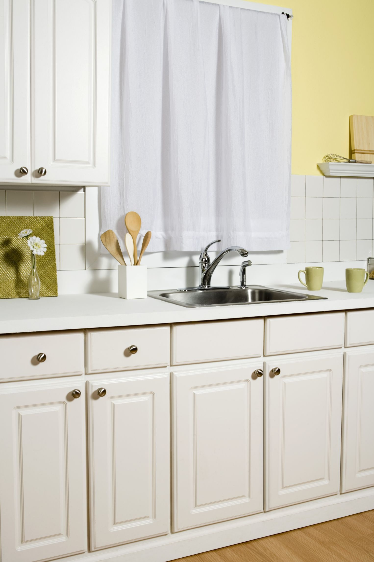 Can You Pull Laminate Off Cabinets Paint The Pressed Wood Hunker Clean Kitchen Cabinets New Kitchen Cabinets Kitchen Cabinets