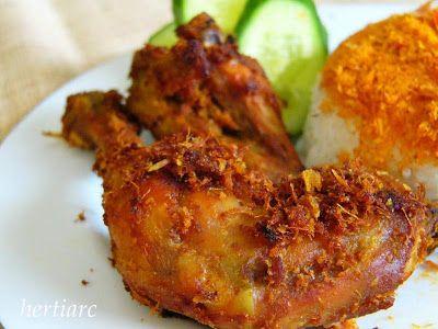 Ayam Goreng Bumbu Kuning Indonesian Fried Chicken Marinated In Tumiric Spice Resep Ayam Ayam Goreng Resep Masakan Indonesia