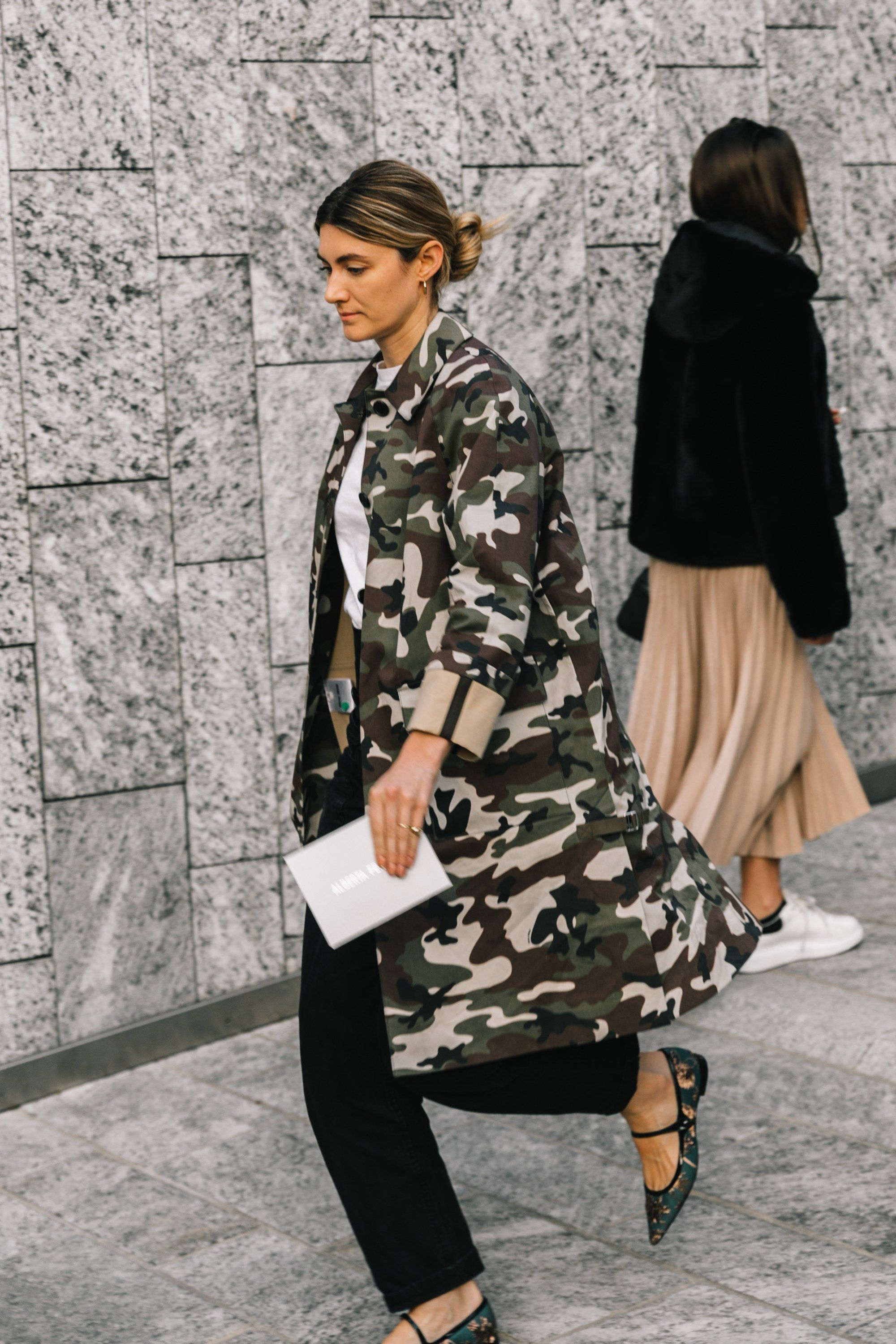 80843016a016a Street style inspiration  Milan Fashion Week Fall Winter 2019-2020 ...