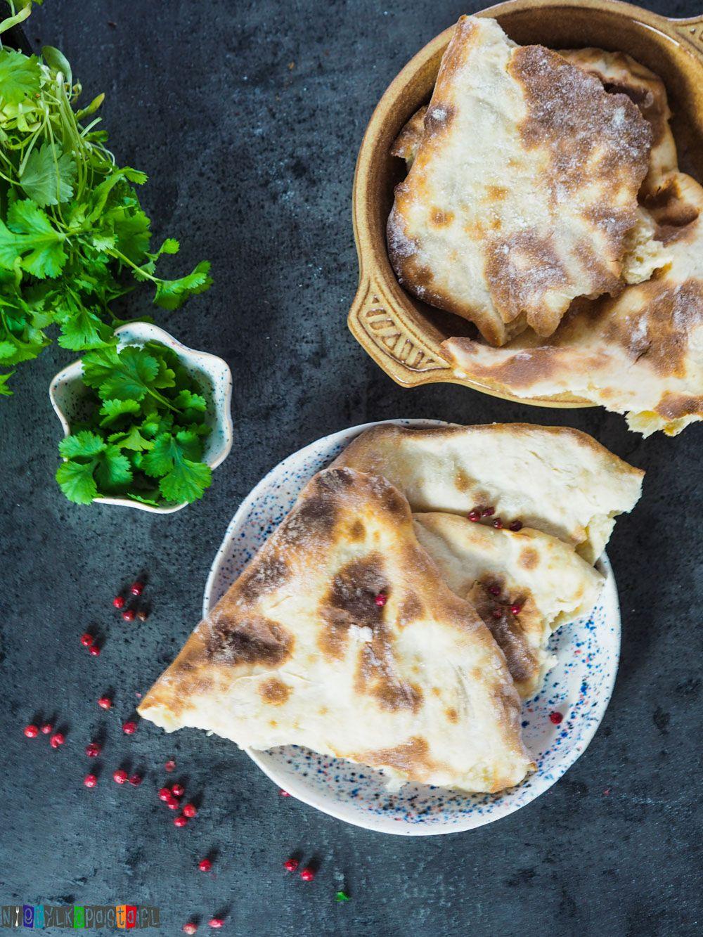 Pyszne Indyjskie Chlebki Naan Tradycyjny Dodatek W Kuchni Indyjskiej Najlepszy I Najprostszy Przepis Na Chlebki Culinary Recipes Cooking Food