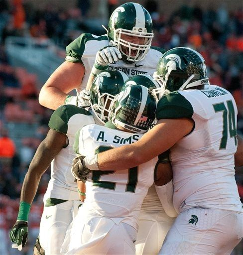 Michigan State Players Celebrate Wide Receiver Keith Mumphery S Far Left Touchdown Catch During T Msu Football Michigan State Spartans Ncaa College Football