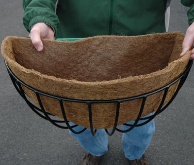 22 Round Hayrack Euro Classic Planter Basket Only No Liner Planter Liners Baskets On Wall Planters