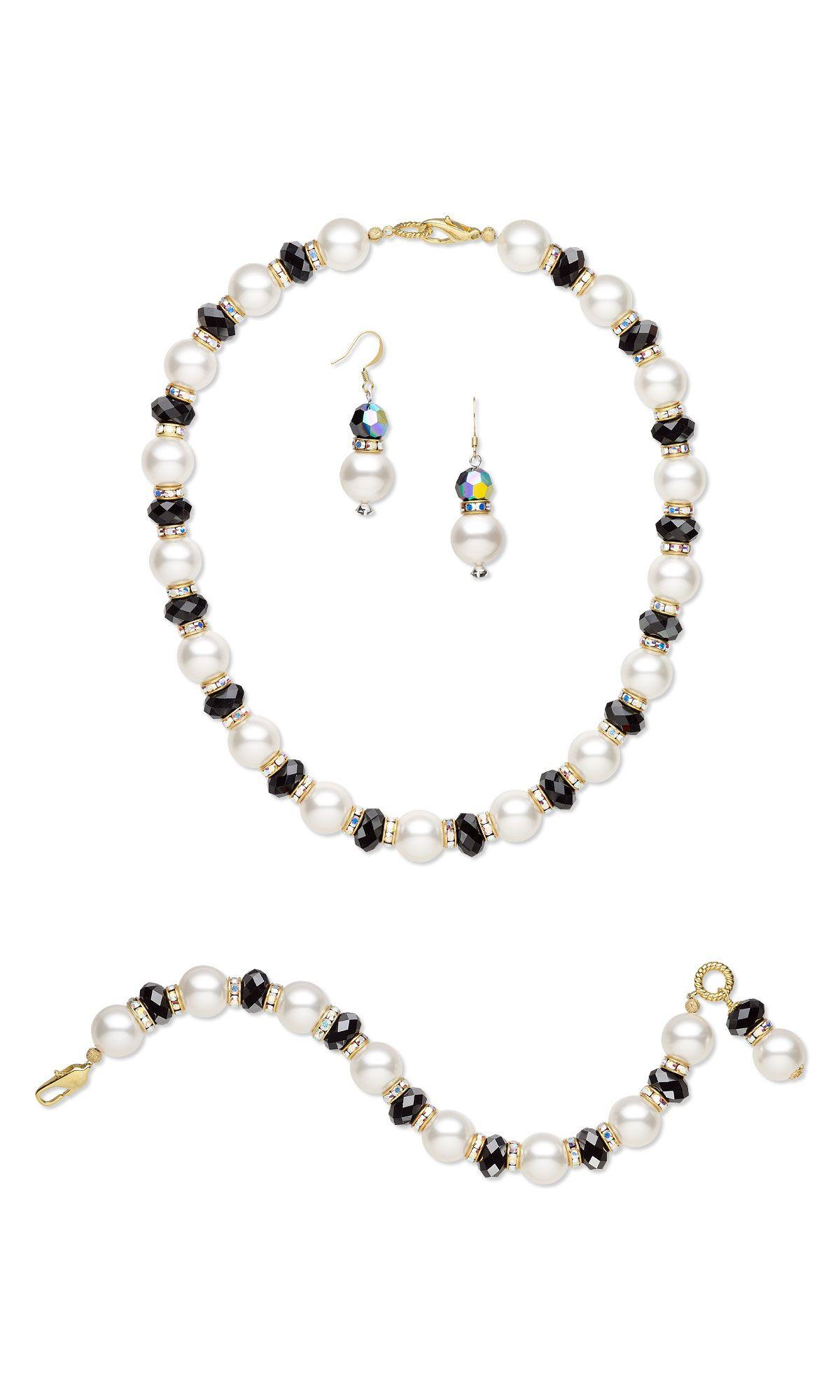 Jewelry design singlestrand necklace bracelet and earring set