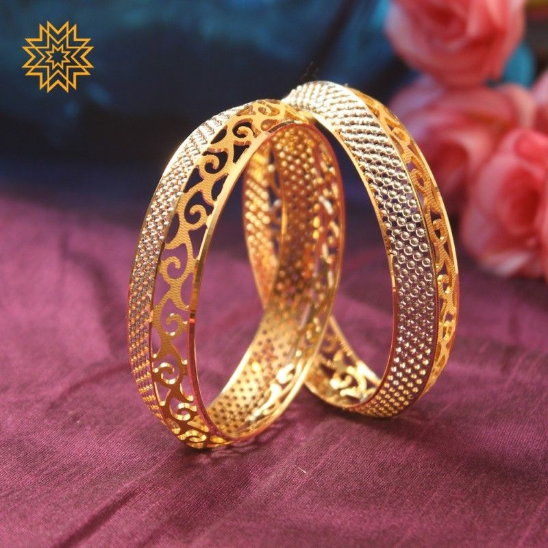 Pin By Umme Amara On Blouse Blouses Gold Bangles Design